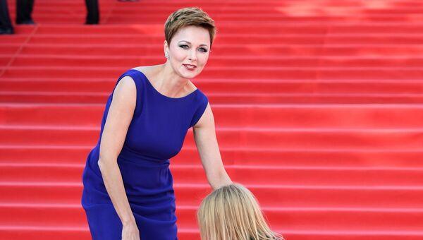 Актриса Дарья Повереннова на церемонии открытия 39-го Международного Московского кинофестиваля