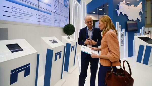 Стенд государственной системы взимания платы Платон на IX Международной выставке Транспорт России в Москве. Архивное фото