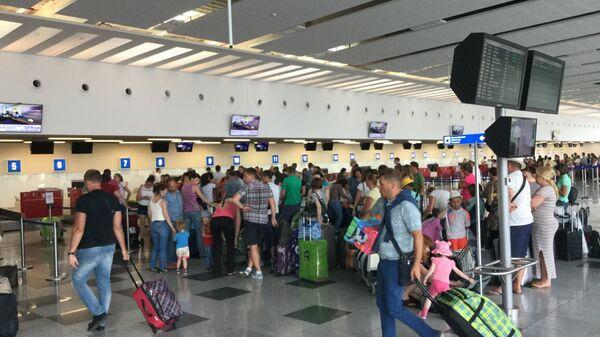 Зона отлета аэропорта болгарского города Бургас