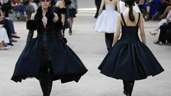 Показ коллекции Chanel