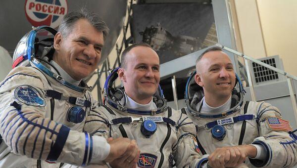 Комплексные экзаменационные тренировки экипажей МКС-52/53