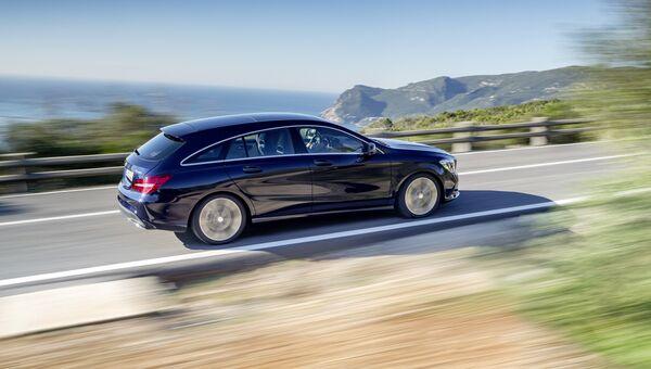 Автомобиль Mercedes-Benz. Архивное фото
