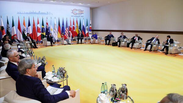 Встреча лидеров стран БРИКС в преддверии саммита Группы двадцати G20 в Гамбурге. 7 июля 2017
