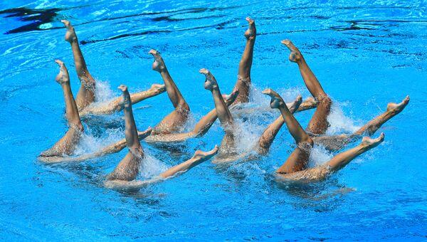 Спортсменки сборной России выступают в финале технической программы групповых соревнований по синхронному плаванию на чемпионате мира FINA 2017