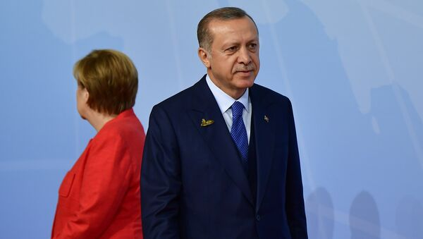 Канцлер Германии Ангела Меркель и президент Турции Реджеп Тайип Эрдоган на саммите G20 в Гамбурге