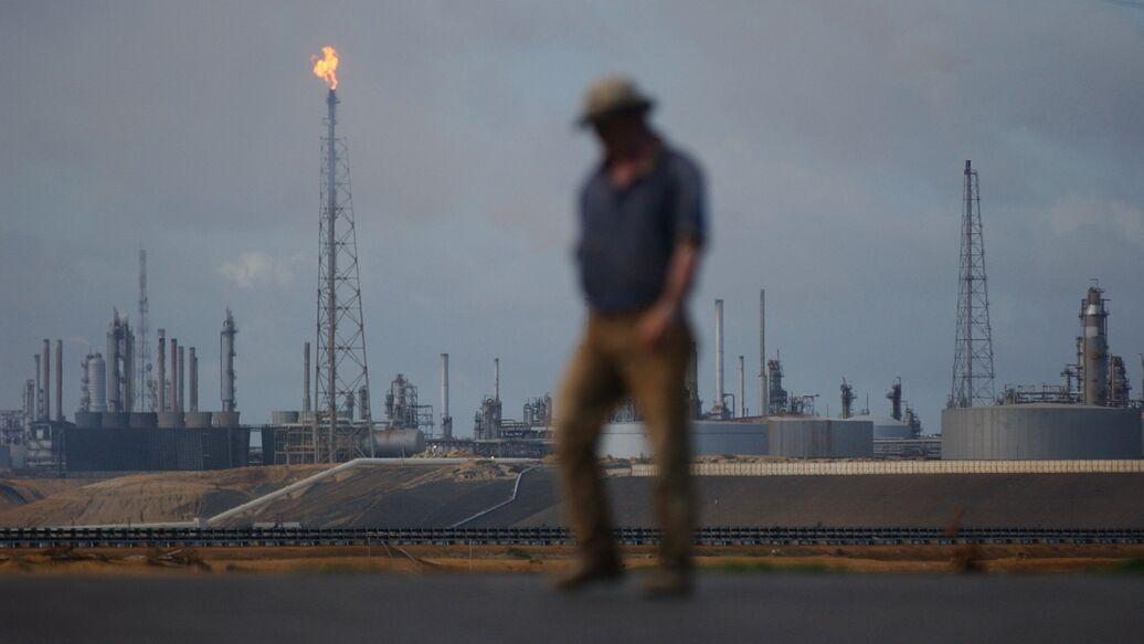 США возобновили поставки нефти из Венесуэлы