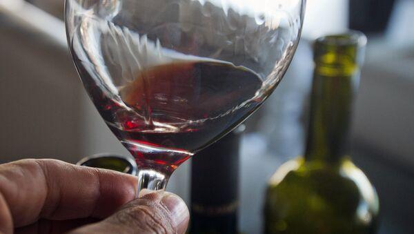 Дегустация вин. Архивное фото