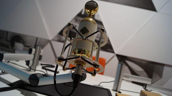 Микрофоны Soyuz в студии Левитан