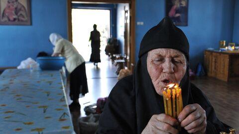 Подготовка к празднованию Троицы в Ростове-на-Дону