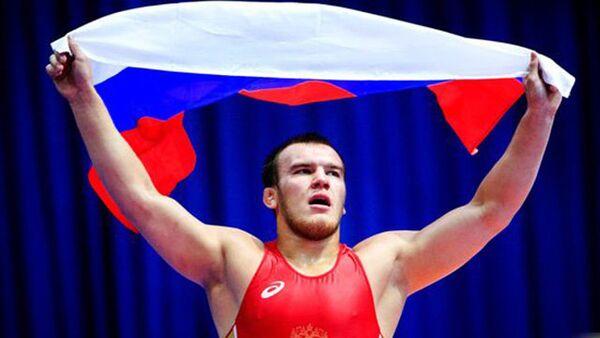 Двукратный победитель юниорского чемпионата Европы по борьбе Юрий Власко. Архивное фото