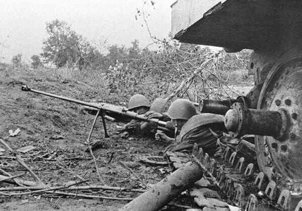 Вторая мировая война месяц за месяцем. Апрель 1942 года