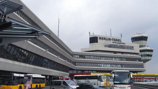 Главный терминал международного аэропорта Тегель