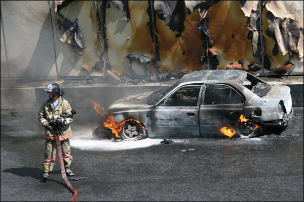 В тоннеле на Садовом кольце сгорела машина