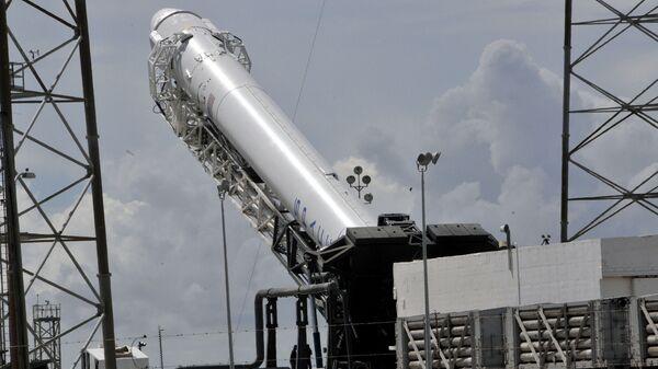 Ракета SpaceX Falcon 9. Архивное фото