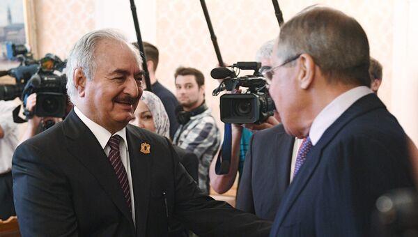 Командующий Ливийской национальной армией Халифа Хафтар во время встречи с Сергеем Лавровым. 14 августа 2017