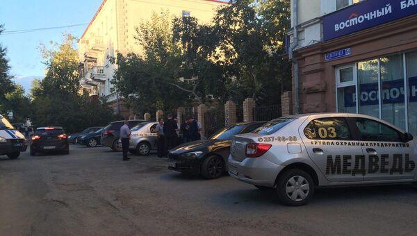 Неизвестный ограбил отделение Восточного банка в Екатеринбурге