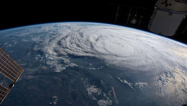 Снимок с борта МКС урагана Харви у берегов Техаса, США. 25 августа 2017