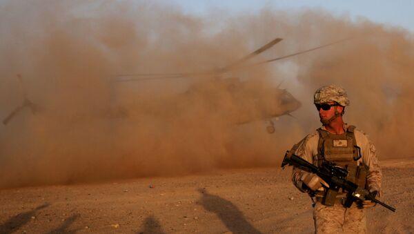 Морской пехотинец США во время тренировки для афганских военных. Архивное фото