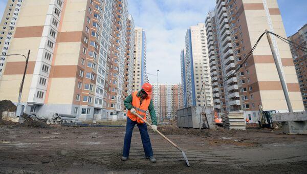 Строительство новых жилых домов в Москве. Архивное фото
