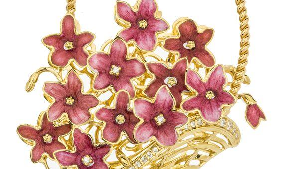 Российские ювелиры впервые с 1851 года открыли стенд на выставке в Лондоне