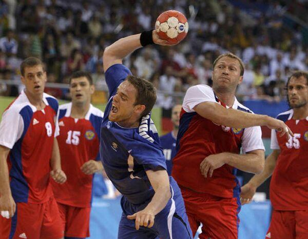 Соревнования по гандболу между командами России и Исландии