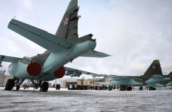 Самолеты СУ-25 СМ
