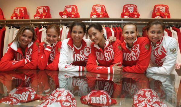 Члены сборной команды России по художественной гимнастике