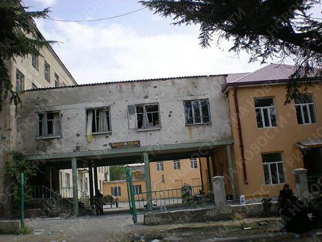 Разрушения в городе Цхинвали