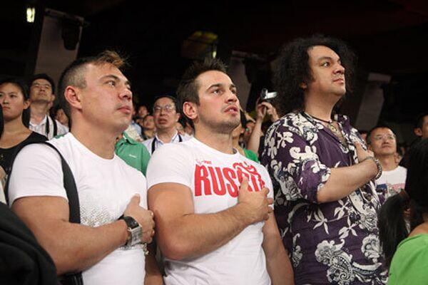 Костя Цзю, Дмитрий Носов и Филипп Кркоров в Пекине