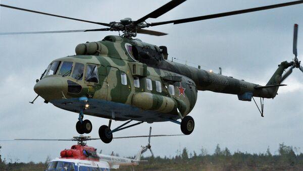 Вертолёт Ми-8АМТШ во время совместных стратегических учений вооружённых сил России и Белоруссии на Лужском полигоне в Ленинградской области. 13 сентября 2017