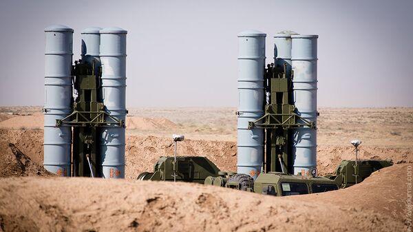 Система ПВО С-400 Триумф. Архивное фото
