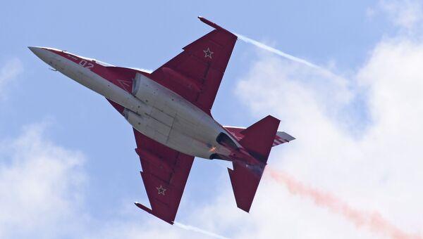 Российский учебно-боевой самолет Як-130. Архивное фото
