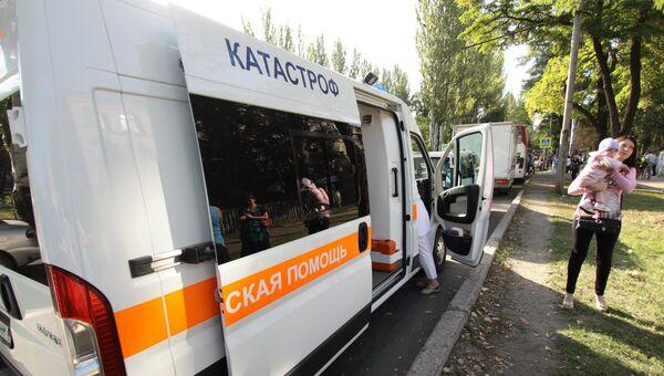 Машина скорой помощи в Донецке. Архивное фото