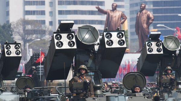 Зенитно-ракетный комплекс Корейской народной армии во время парада в Пхеньяне