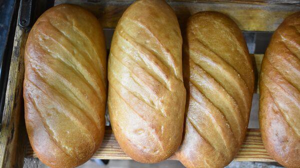 Батоны белого хлеба. Архивное фото