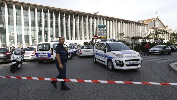 Полиция на вокзале Сен-Шарль в Марселе. Архивное фото
