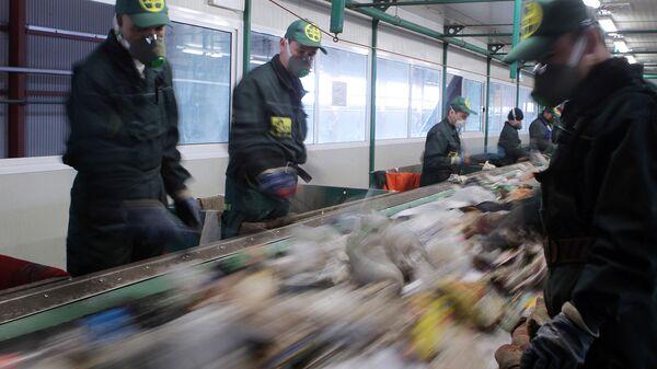 В Некрасокве проверили деятельность мусоросжигательного завода