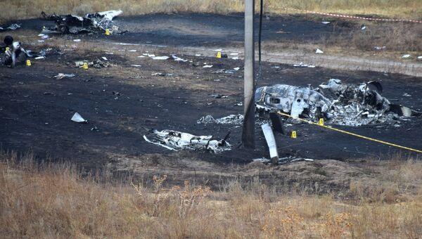 Обломки на месте крушения самолета Ан-28 около села Междуреченское в Казахстана. 4 октября 2017