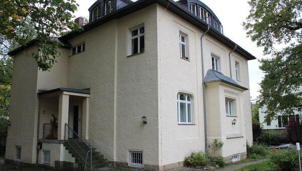 Бывшее здание подразделения КГБ, место работы В. Путина