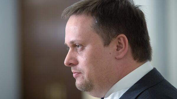 Назван годовой заработок новгородского губернатора