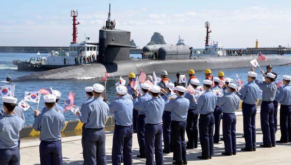 Атомная подводная лодка ВМФ США Мичиган на военно-морской базе Пусан в Южной Корее