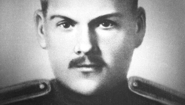 Николай Крыленко