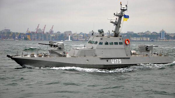 Речной бронекатер Бердянск во время ходовых испытаний в Одесском заливе