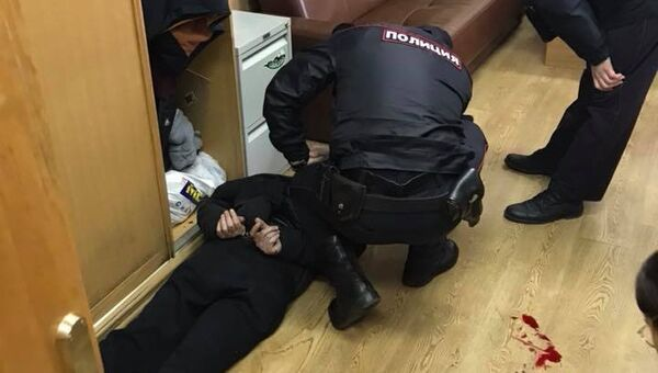Задержание мужчины, напавшего на ведущую Эха Москвы Татьяну Фельгенгауэр