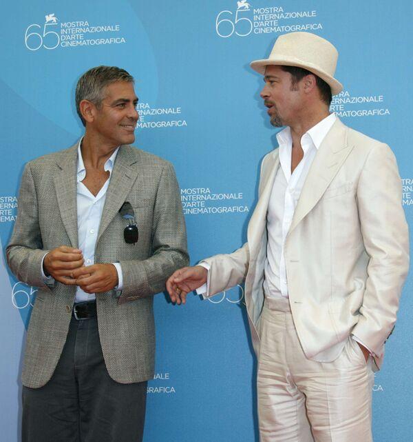 Джордж Клуни и Брэд Питт на 65-м Международном венецианском кинофестивале