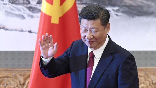 Си Цзиньпин выступает во время выбора нового состава политбюро на 19-м съезде Коммунистической партии Китая. 25 октября 2017