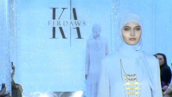Показ коллекции одежды Горная жемчужина Айшат Кадыровой в Москве