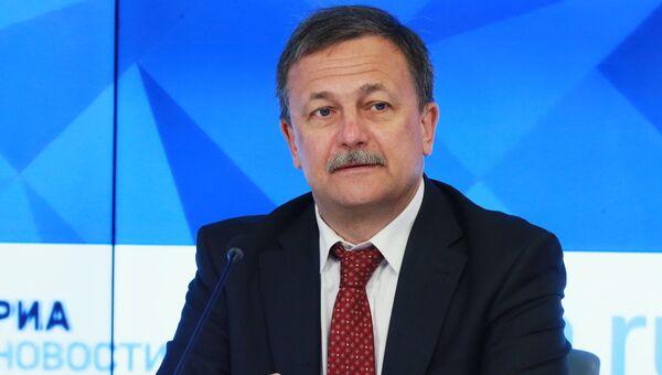 Первый заместитель руководителя Федеральной таможенной службы России, председатель Совета Всемирной таможенной организации Руслан Давыдов