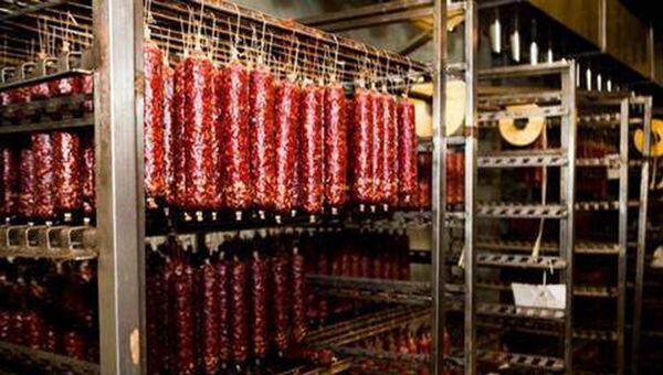 Халяльные колбасы Урицкого мясокомбината в Дагестане. Архивное фото