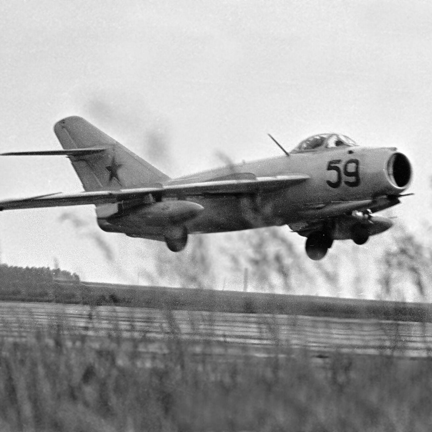 Обои подбитый, советский, самолеты, истребитель. Авиация foto 18